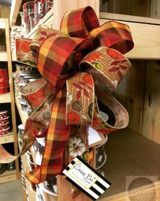 Have you ever needed ready-made bows? What about silk arrangements to use as filler for your space? Need some gorgeous Fall ribbon? The Saasy Bee & JF Link & Son have your back! #maryannswholesale #floraldesign #floralribbon #fallfloralarrangements Not open to the public