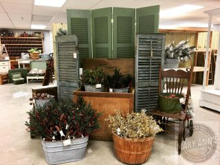 Have you been to visit us yet? What are you waiting for? Missouri's wholesale cash & carry home decor and more warehouse! Downtown Rolla Missouri. #homedecor #maryannswholesale Not open to the public