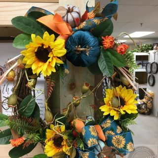 We have some gorgeous floral arrangements for your customers! Brought to you by The Sassy Bee🐝 #maryannswholesale #seasonalfloraldesign #floral Not open to the public--retail sales license required