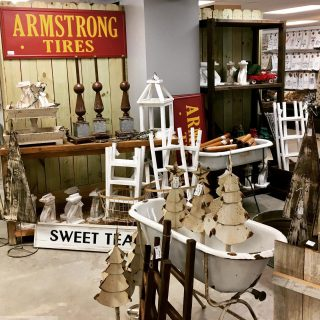 Happy Monday! We have some great news! We have a new vendor! This space is brought to you by The Wholesale Gal! It's packed full of great merch! #maryannswholesale #homedecor #seasonalhomedecor  Not open to the public