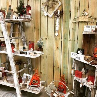 2 Mo Gals are killin' it! They bring merch in amd then it's gone and they bring more in and then it's gone! Unique handcrafted finds for your customers! #maryannswholesale #homedecor #seasonalhomedecor Not open to the public